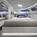 plisy w sypialni na statku